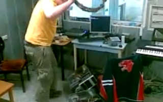 Как извлечь жесткий диск из ноутбука