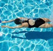 Как научиться плавать быстро видео